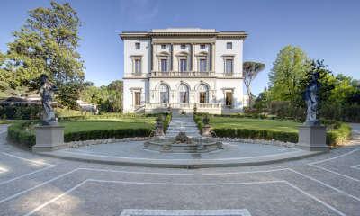 Fachada Grand Villa Cora