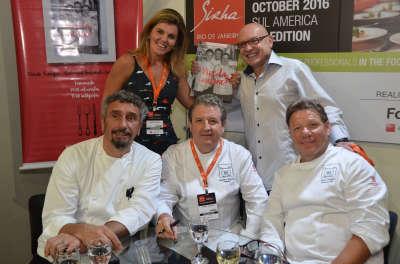 Emmanuel, Laurent, Claude (à frente) com  a sócia da Boccato Books, Lúcia Louro e o editor André Boccato_2
