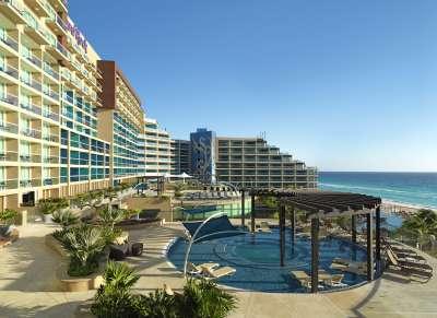 Breeze terrace with ocean